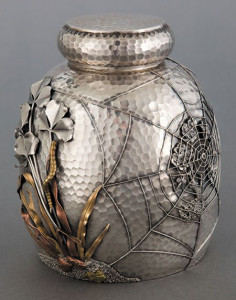 Japanesque-motif-silver-tea-caddy-made-by-Gorham